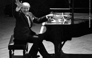 Horowitz Piano Arrives